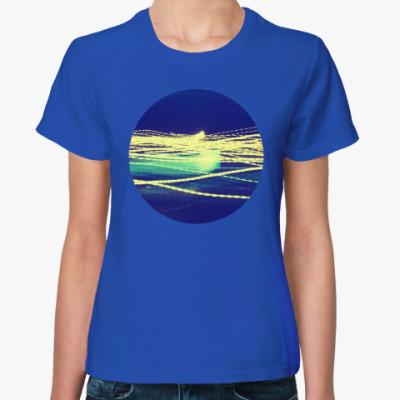 Женская футболка Light Waves