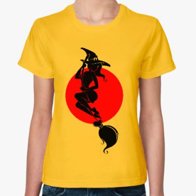 Женская футболка Ведьма на метле, полнолуние
