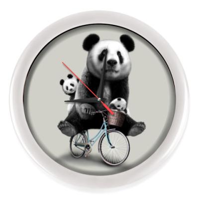Настенные часы Панды на велосипеде