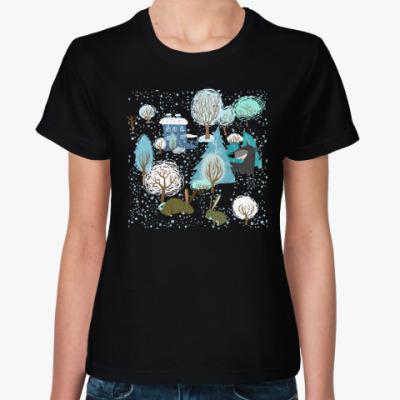 Женская футболка 'Волк зимой...'