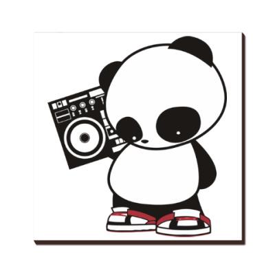 Панда с магнитофоном