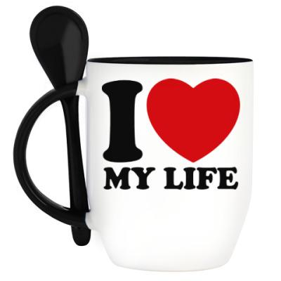 Кружка с ложкой Люблю свою жизнь