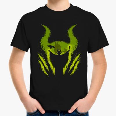 Детская футболка Малефисента в лесу