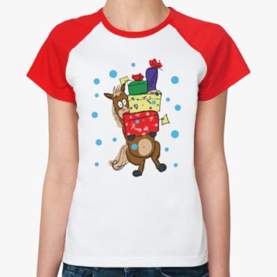 Женская футболка реглан Новогодняя лошадь