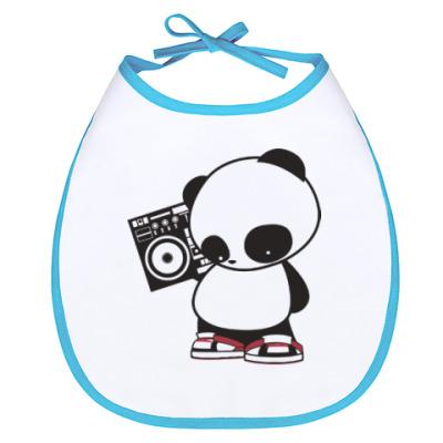 Слюнявчик Панда с магнитофоном
