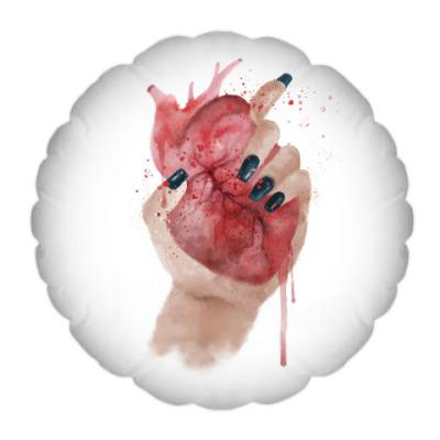 Подушка Сердце в руке