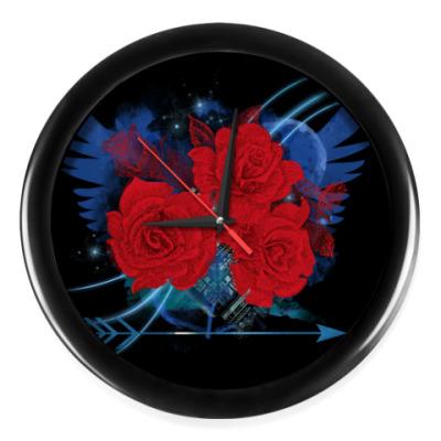 Настенные часы Красные розы и крылья