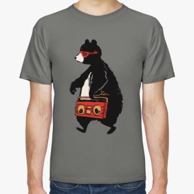 Футболка Медведь с магнитофоном