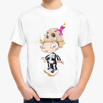 Детская футболка В костюме скелета