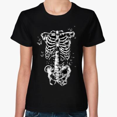 Женская футболка Кости