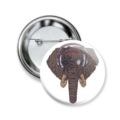 Значок 50мм Слон в наушниках