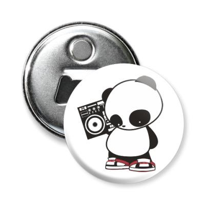 Магнит-открывашка Панда с магнитофоном