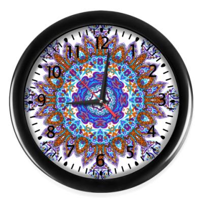 Настенные часы Снежинка