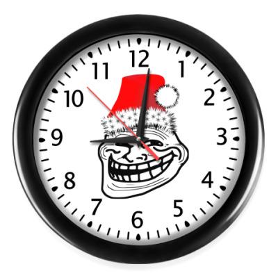 Настенные часы Trollface