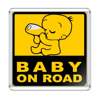 Магнит Baby On Road