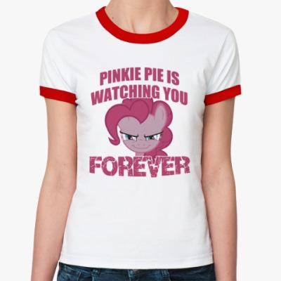 Женская футболка Ringer-T Пинки Пай наблюдает за тобой