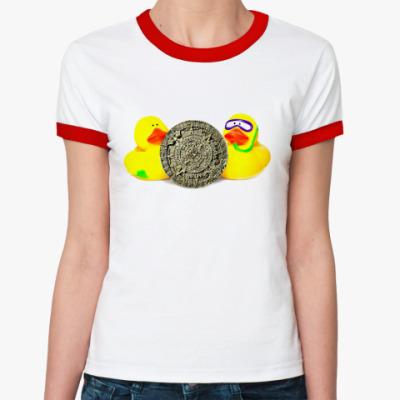 Женская футболка Ringer-T Уточки и календарь майя