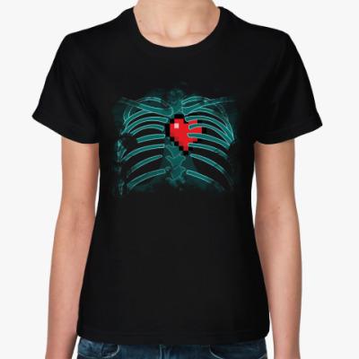 Женская футболка Рентгенография сердца в клетке