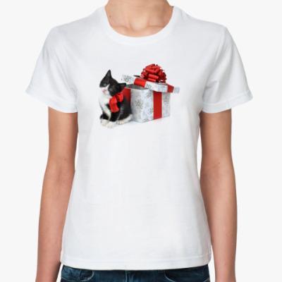 Классическая футболка Новый год с котом и подарком