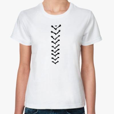 Классическая футболка  со ``шнуровкой``