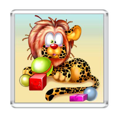 """Магнит  """"Лео с игрушками"""""""