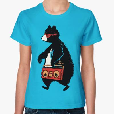 Женская футболка Медведь с магнитофоном