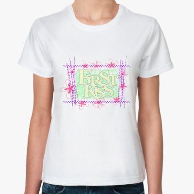 Классическая футболка First Kiss