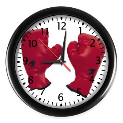 Настенные часы Бокс1