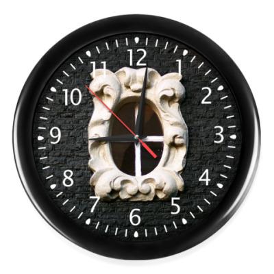 Часы Белое узорное окно
