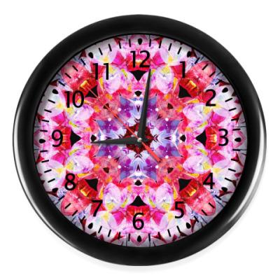 Настенные часы Яркий абстрактный узор