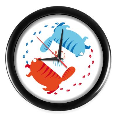 Настенные часы Cats time