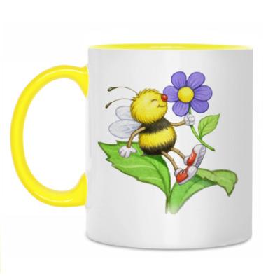 Кружка Пчелка на цветке