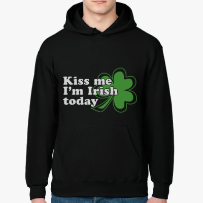'Kiss me, today Patrick day'