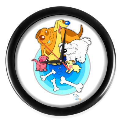 Настенные часы Собаки