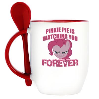 Кружка с ложкой Пинки Пай наблюдает за тобой