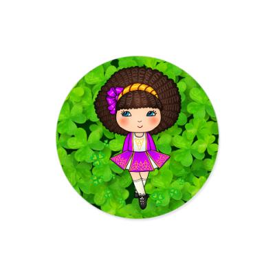 Виниловые наклейки Ирландская девочка в сиреневом