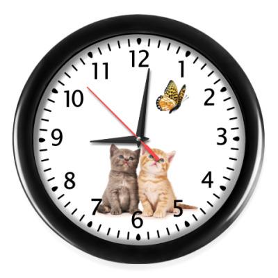 Настенные часы Котята и бабочка