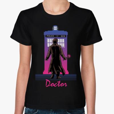 Женская футболка Доктор