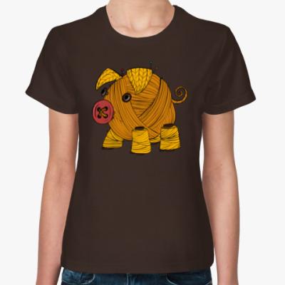 Женская футболка Вязаная свинка