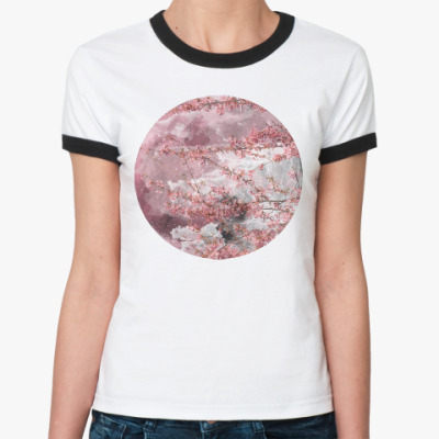 Женская футболка Ringer-T Японская сакура весной