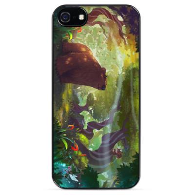 Чехол для iPhone Мишка в сказочном лесу