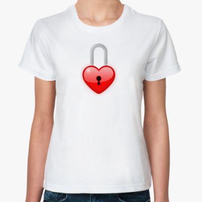 Классическая футболка Сердце-замок