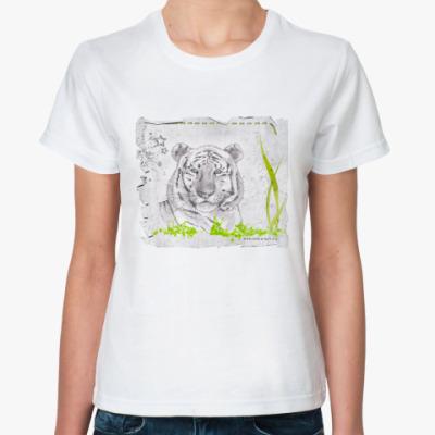 Классическая футболка Тигр в траве