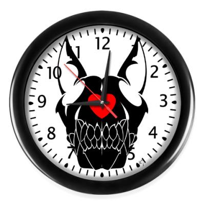 Настенные часы Dog skull