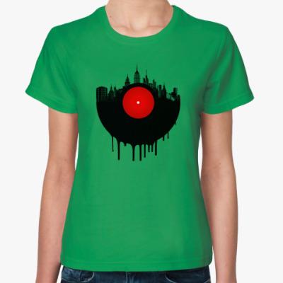 Женская футболка Винил