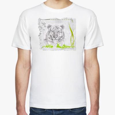 Футболка Тигр в траве
