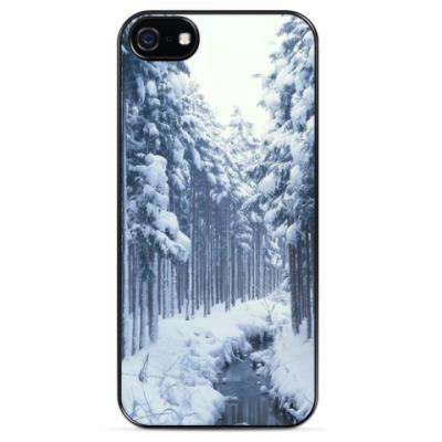 Чехол для iPhone Снежный лес