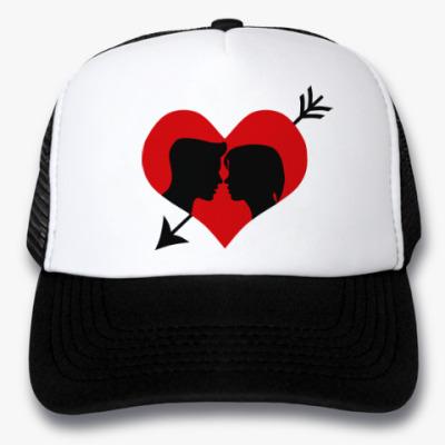 Кепка-тракер Сердце хочет любви