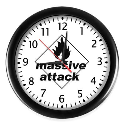 Настенные часы Massive Attack