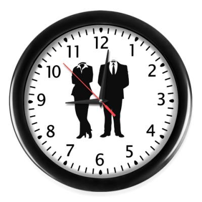 Настенные часы Anonymous